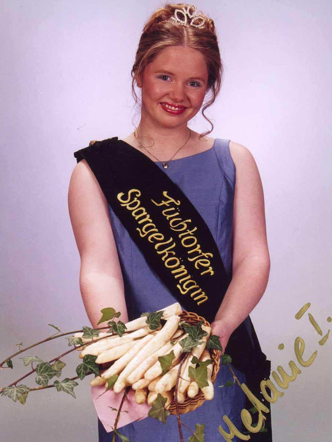2001-2002_Melanie